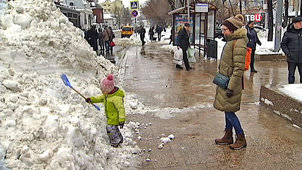 Последствия снегопада в Москве