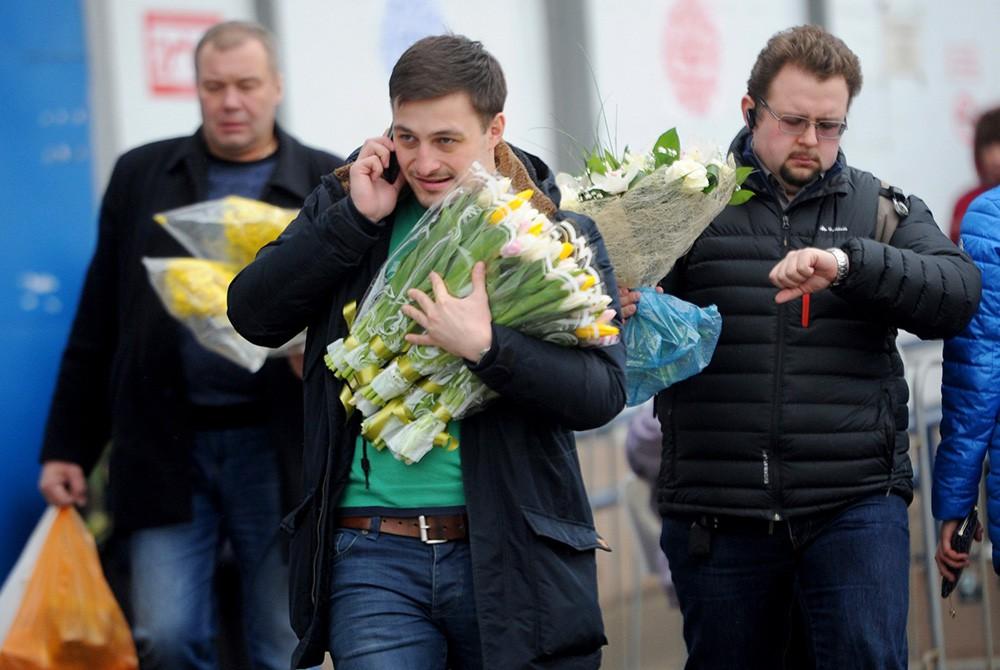 Картинки в москве 8 марта