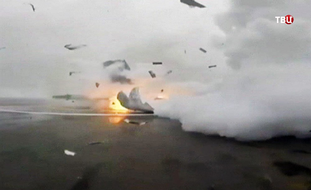 Взрыв ступени ракеты Falcon 9