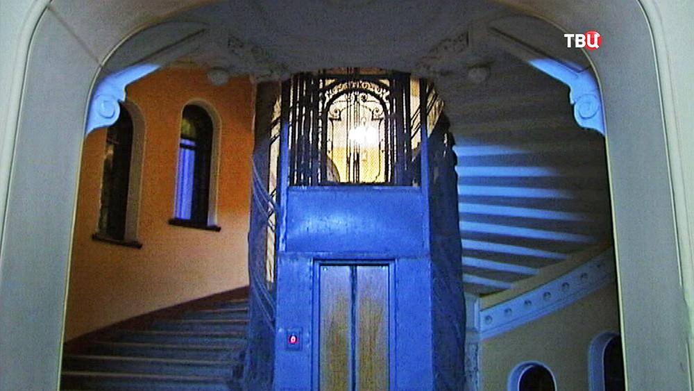 Парадная лестница Санкт-Петербурга