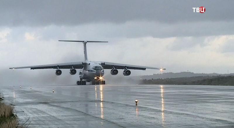 Самолет ВКС России