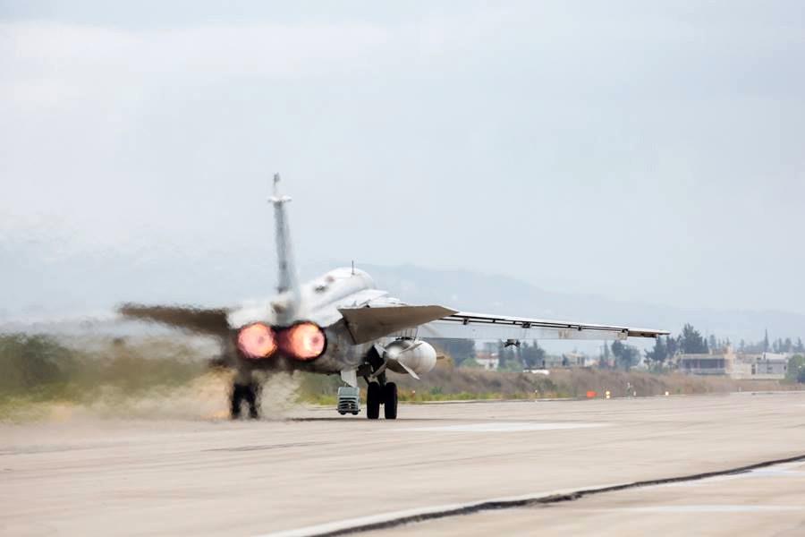 Истребитель авиационной группировки ВКС России