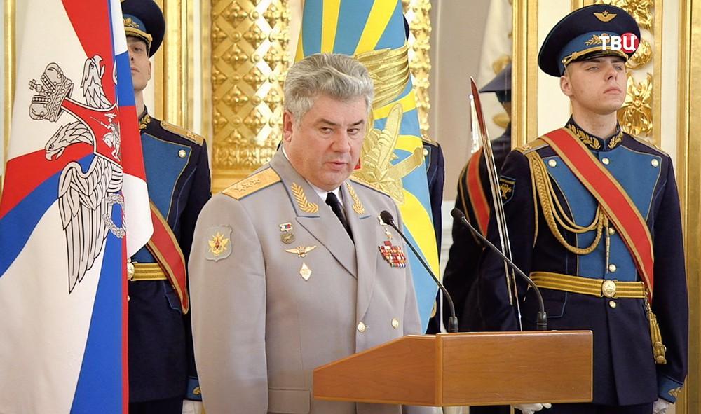 Главнокомандующий ВКС генерал-полковник Виктор Бондарев