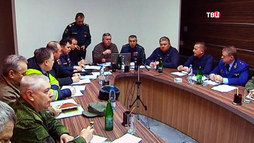 Заседание штаба по расследованию причин катастрофы пассажирского самолета Boeing-737-800, который разбился при посадке в аэропорту Ростова-на-Дону