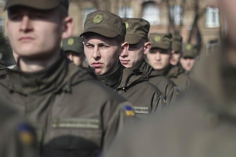 Солдаты Нацгвардии Украины