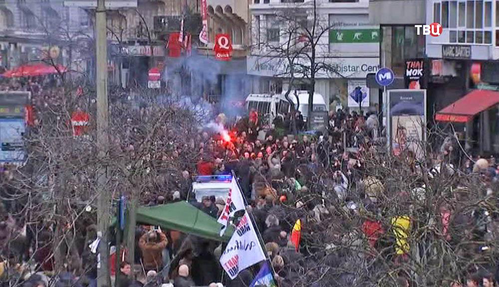 Митинг футбольных фанатов в Брюсселе