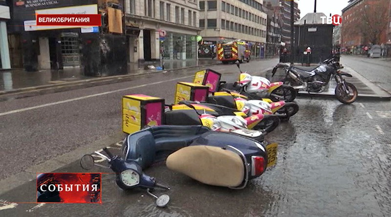 Последствия шторма в Великобритании