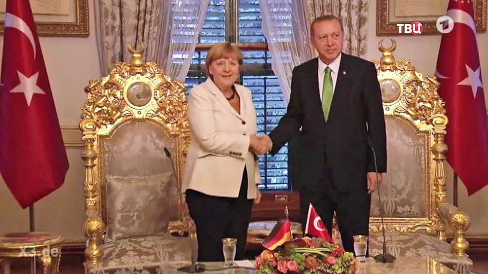 Канцлер Германии Ангела Меркель и президент Турции Тайип Эрдоган