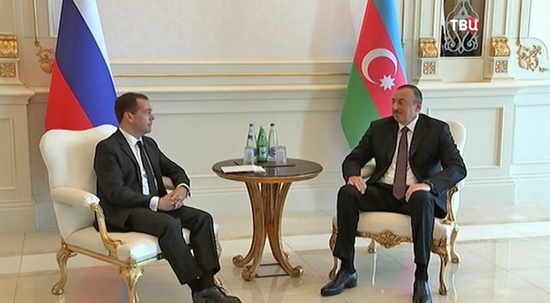Президент Турции Реджеп Тайип Эрдоган и председатель правительства РФ Дмитрий Медведев