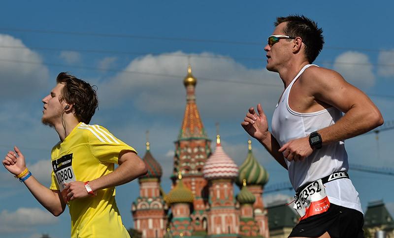 Участники марафона на дистанции