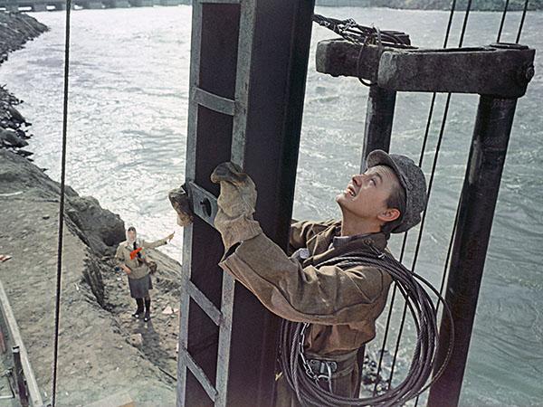 люди на мосту скачать торрент - фото 8
