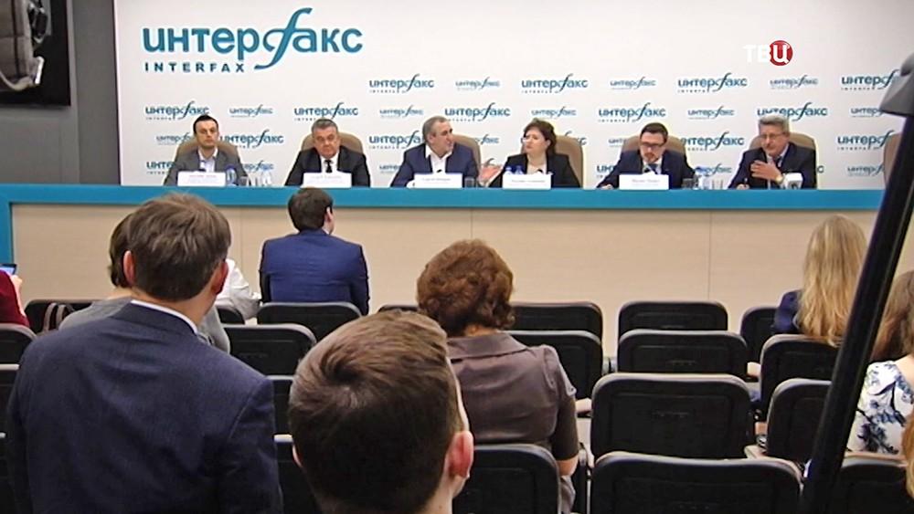 """Пресс-конференция """"Единой России"""""""