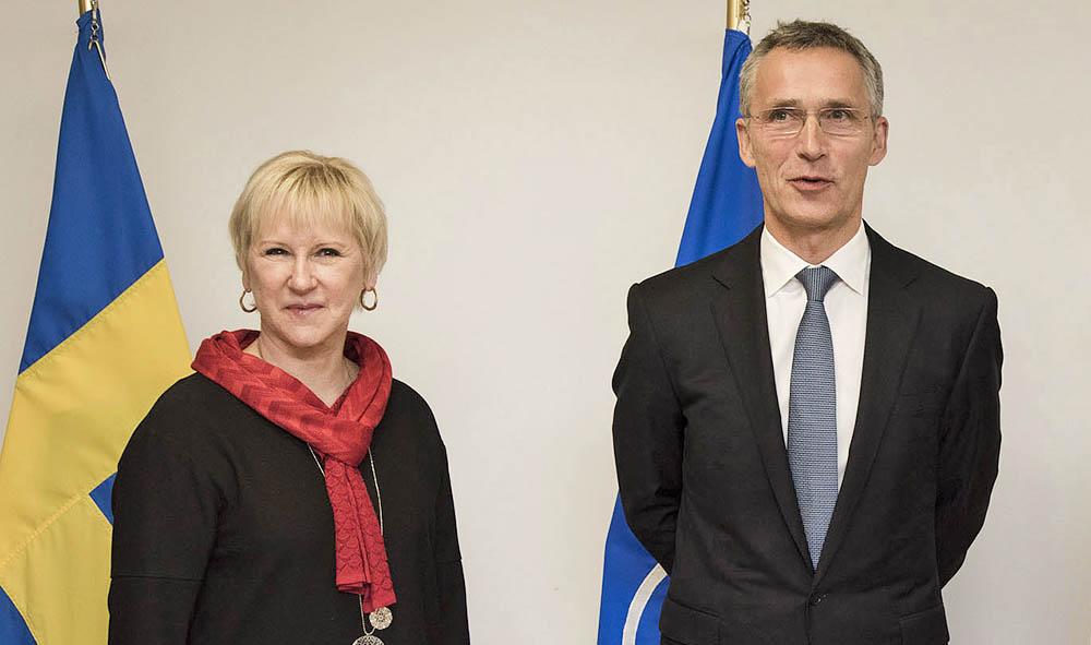 Глава МИД Швеции Маргот Валльстрём и генсек НАТО Йенс Столтенберг
