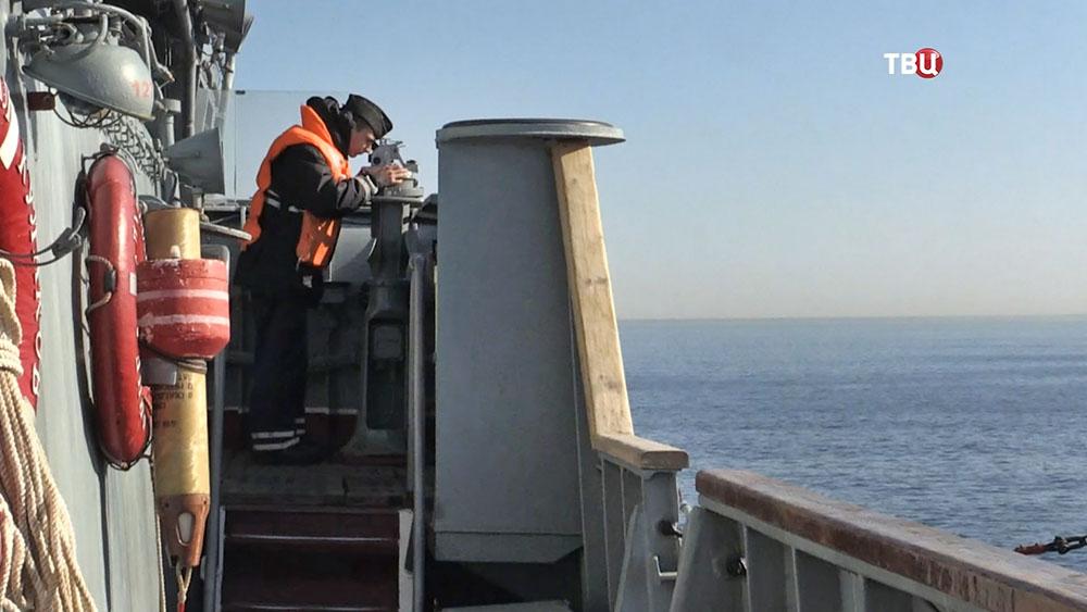 Экипаж пограничного крейсера ВМФ России