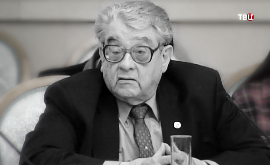 Журналист Валентин Зорин