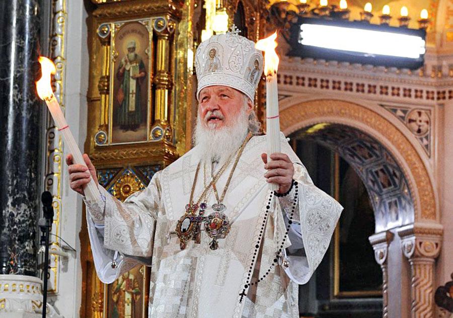 Патриарх Московский и всея Руси Кирилл на пасхальном богослужении в храме Христа Спасителя