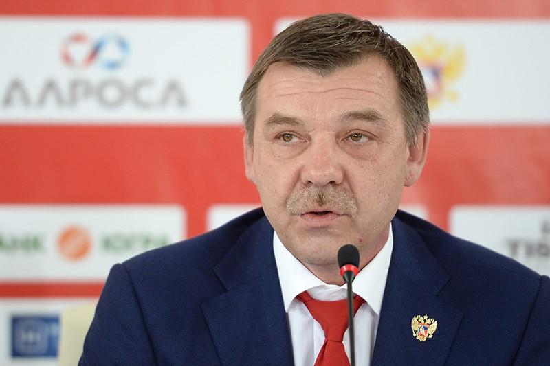 Главный тренер национальной сборной России Олег Знарок