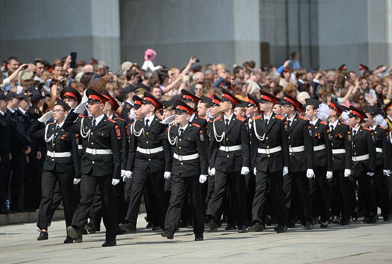 Учащиеся кадетского корпуса на II Московском параде кадетов