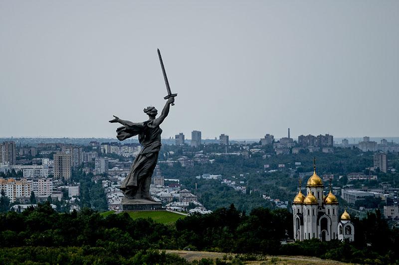 """Монумент """"Родина-мать зовёт!"""" на Мамаевом кургане в Волгограде"""