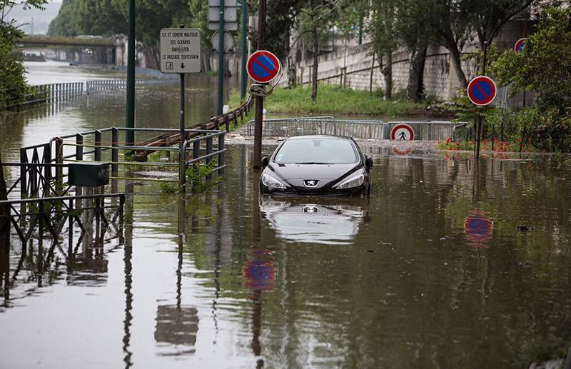 Наводнение в Париже