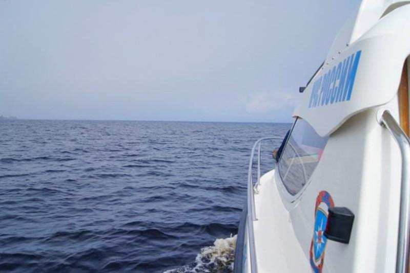 Поисковая операция МЧС России на воде