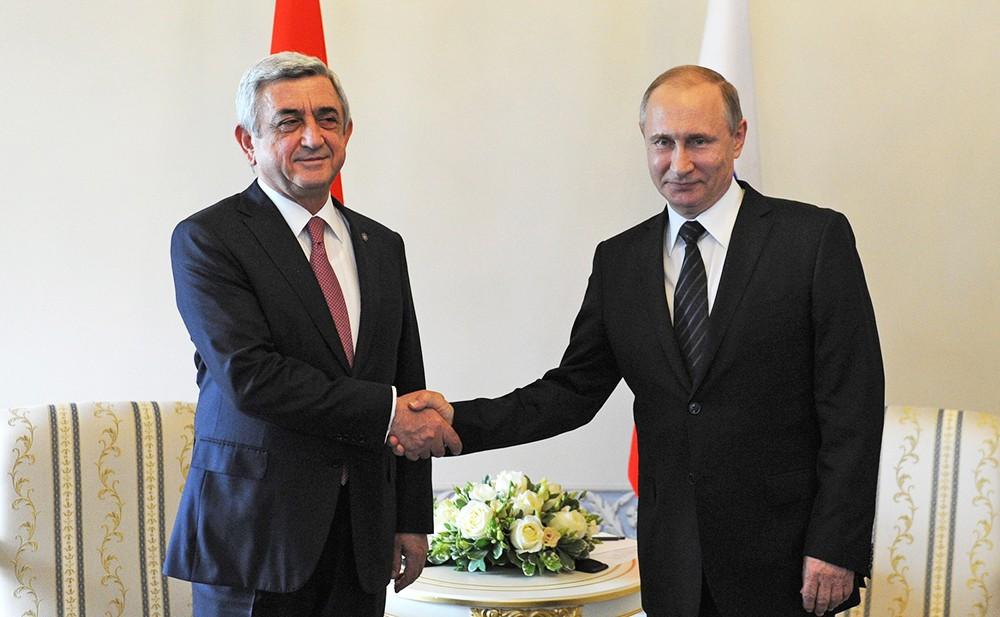 Президент РФ Владимир Путин поздравил главу Армении с 25-летием установления дипотношений