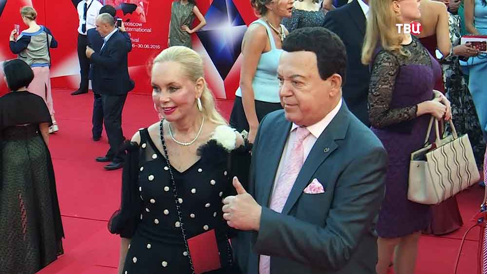 Иосиф Кобзон на открытие Московского международного кинофестиваля (ММКФ)