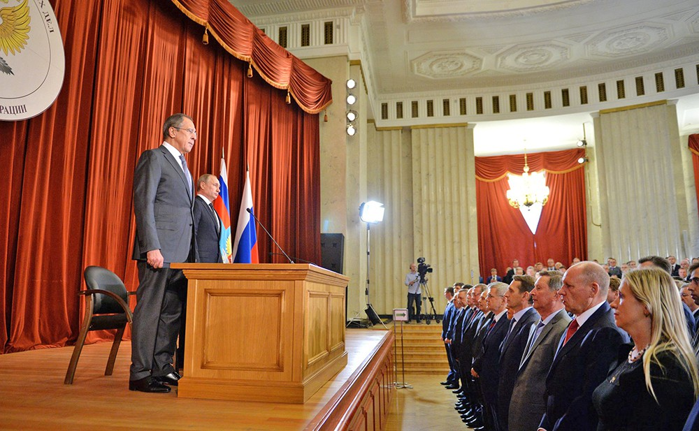 Глава МИД Сергей Лавров и президент России Владимир Путин
