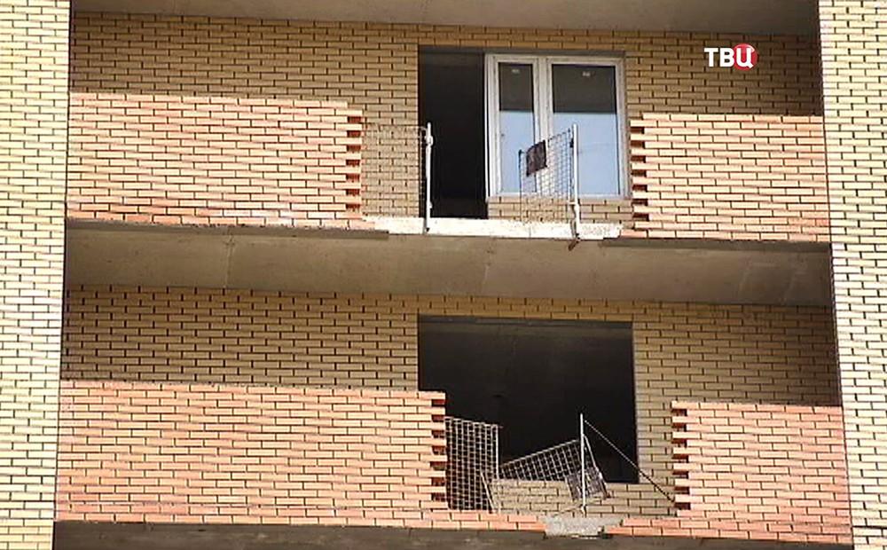 Стройка жилого дома