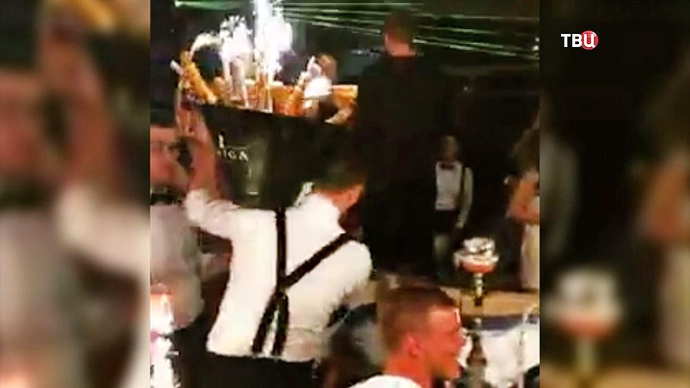 Александр Кокорин и Павел Мамаев в клубе в Монте-Карло