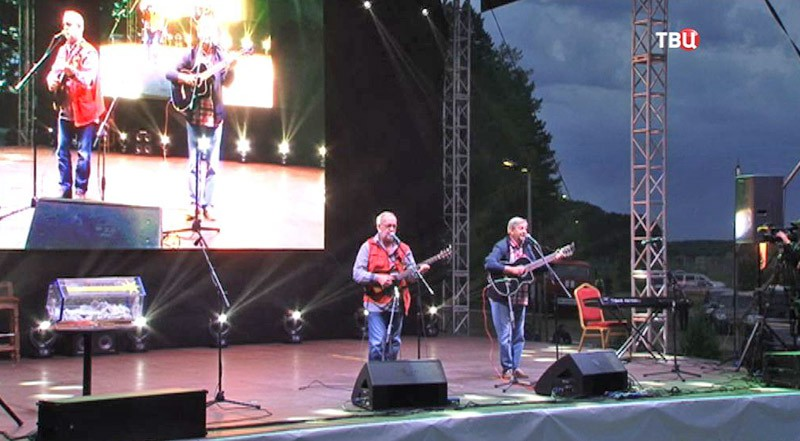 """Фестиваль бардовской песни """"Гринландия"""""""