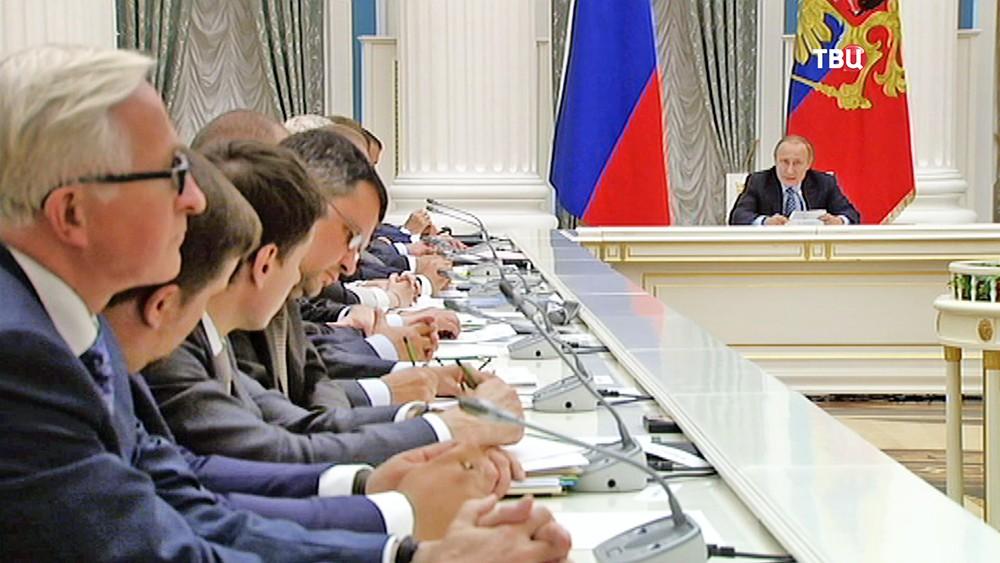 Путин потребовал обозначить сроки исполнения приоритетных проектов