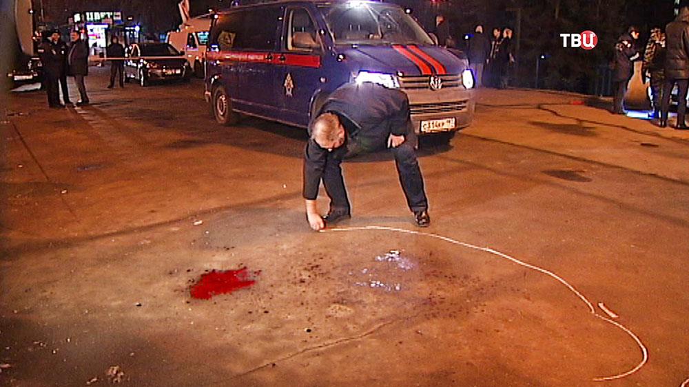 Следственные действия на месте перестрелки на Рочдельской улице в Москве