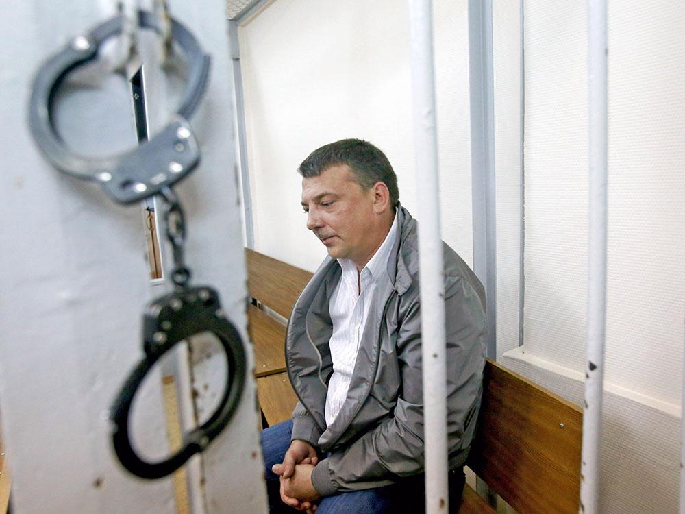 Руководитель службы собственной безопасности СК РФ Михаил Максименко в суде