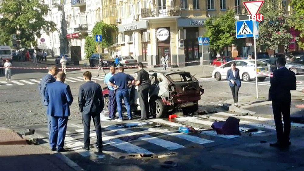 Следственные действия на месте гибели журналиста Павел Шеремет