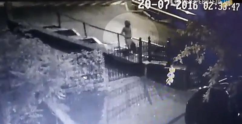 Видео закладки бомбы под автомобиль Шеремета