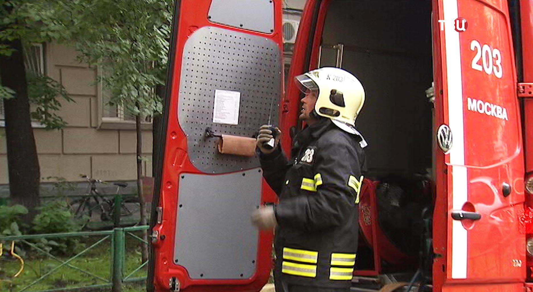 Пожарный расчет на месте возгорания