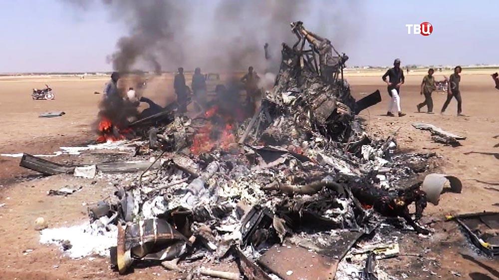 Вweb-сети интернет появилось видео авиаудара порайону крушения Ми-8 вСирии