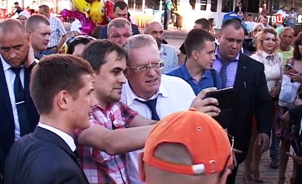 Лидер партии ЛДПР Владимир Жириновский посетил Орел