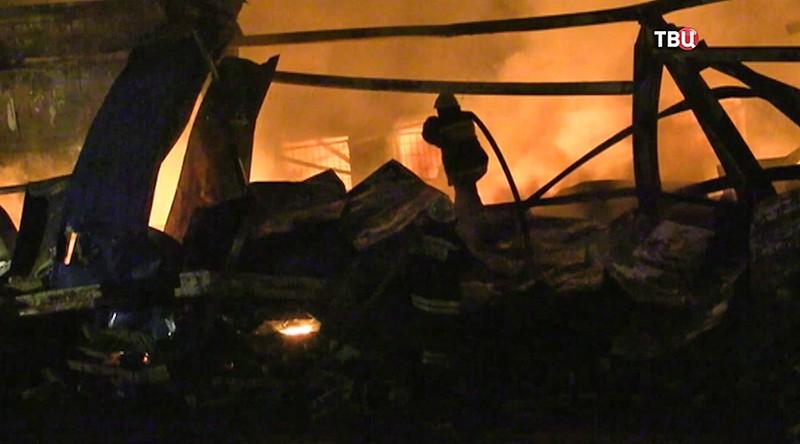 Пожар на складе пиротехники в Екатеринбурге