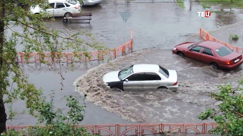 Последствия проливных дождей в Иркутске
