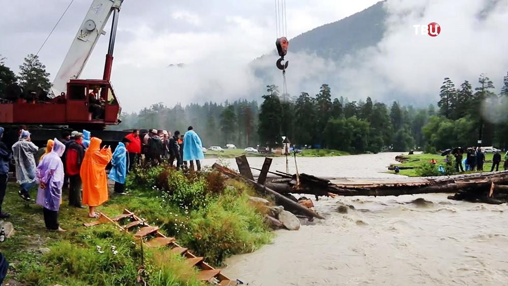 Восстановление разрушенного моста