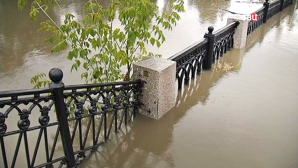 Разлив реки Яузы