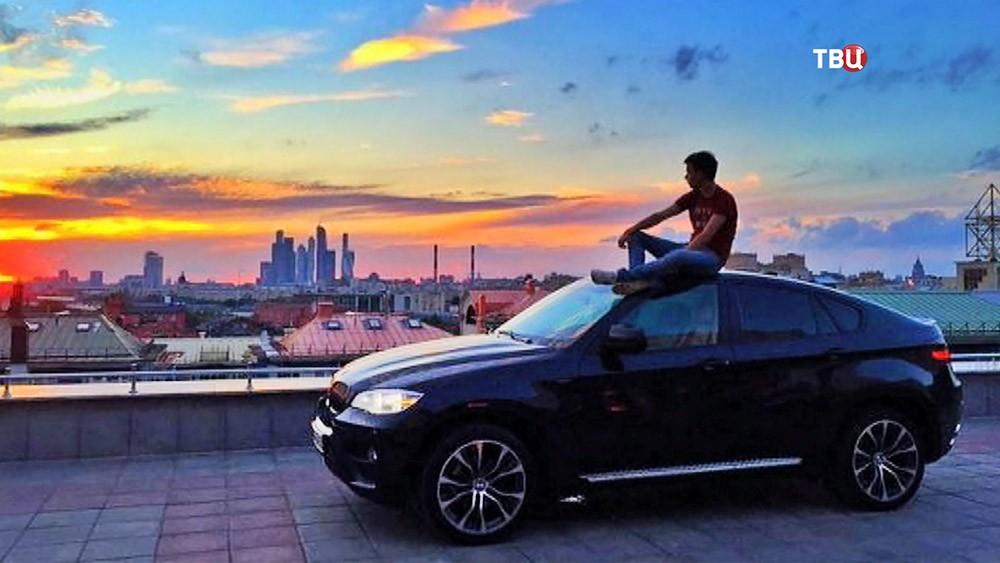 """Лихач на BMW из парка """"Музеон"""""""