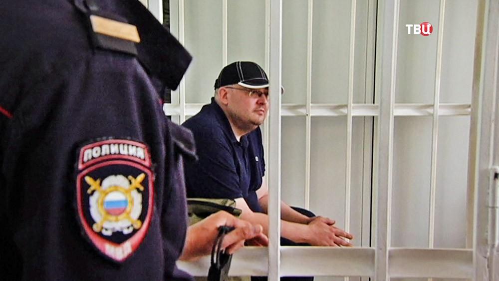 Экс-полицейский Алексей Алёхин, соучастник в захвате квартиры