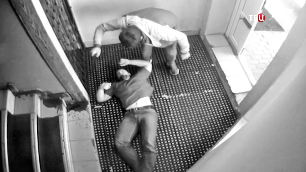 Избиение охранника в баре Дмитрова