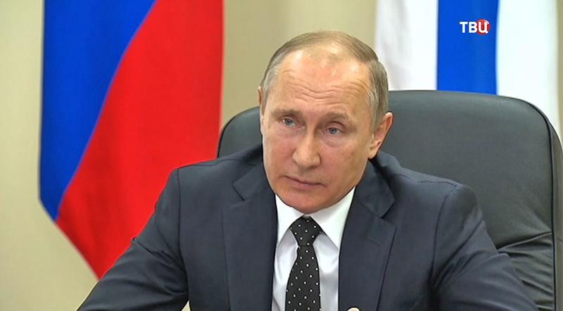 РФвыделит ученым 3,5 млрд рублей- Путин