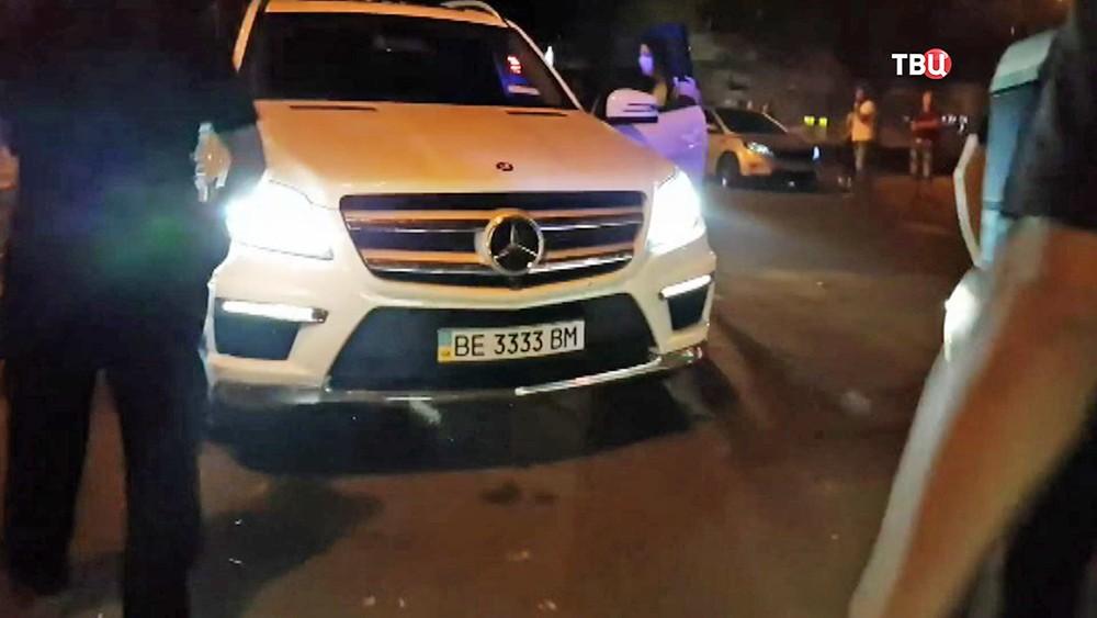 Автомобиль нарушителя общественного порядка на Украине