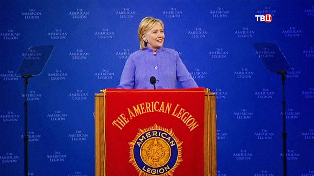 Клинтон призналась вамнезии и сообщила, что непомнит секретную информацию