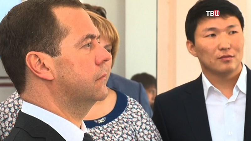 Премьер-министр России Дмитрий Медведев на встрече с предпринимателями в Улан-Удэ